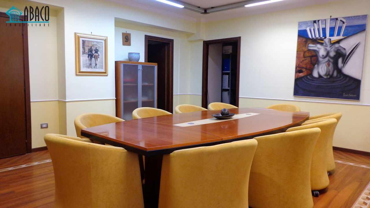 Ufficio vendesi in avellino abaco immobiliare avellino for Vendesi ufficio roma